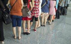 Oro linijos mokosi iš kelininkų – kiekvieną vasarą sutinka nepasiruošę padidėjusiam keleivių srautui