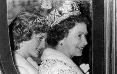Po daugelio metų prabilo, kaip princesė Diana SUDAUŽĖ KARALIENĖS ŠIRDĮ