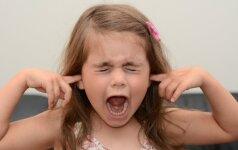 Kaip susitarti su vaiku ant jo nešaukiant ir nebarant