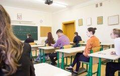 Visose mokyklose žadama sukurti smurto prevencijos sistemą