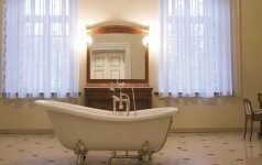 8 išskirtinio dizaino vonios pavyzdžiai
