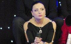 """Besilaukianti Monika Katunskytė: """"Žiauru, bet reikia tvardytis"""""""