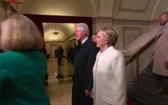 Tvirtybės išbandymas: H. Clinton kūno kalba prieš įžengiant į D. Trumpo inauguracijos ceremoniją