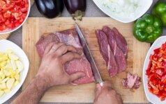 DIENOS PATARIMAS: kaip atšildyti mėsą vos per 5 minutes