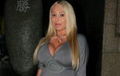 Krūtingoji porno aktorė Mary Carey vėl priaugo svorio (FOTO)