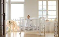 Patarimai, kurie padės išsirinkti kūdikio lovytę