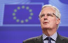"""ES """"Brexit"""" derybininkas Barnier reikalauja Britanijos """"paaiškinimų"""""""
