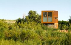 Minimalistinis ekologiškas sodo namelis