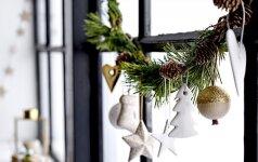 Kalėdinę puošybą užkariauja rankų darbo dekoracijos ir netikėtos spalvos