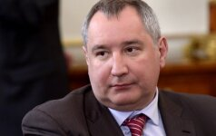 Rumunija apsuko D. Rogozino lėktuvą: neleido kirsti šalies oro erdvės