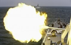 Kinijos karinis jūrų laivynas pratybose imitavo galimą karo scenarijų