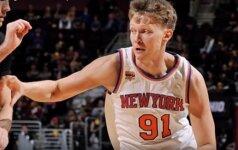 """Debiutas NBA: M. Kuzminskas išnaudojo gautą progelę, bet """"Knicks"""" skaudžiai nusvilo Klivlande"""