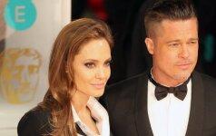 Užsienio žiniasklaida: B. Pittas paliko šeimą ir IŠSIKRAUSTĖ IŠ NAMŲ