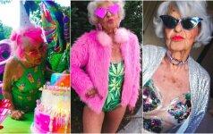 89-erių močiutė drebina internetą šelmiškomis nuotraukomis