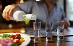 Ukrainoje nuo nekokybiško alkoholio mirusių žmonių padaugėjo iki 23