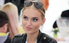 """G. Gurevičiūtė pasidalino egzotišku vaizdeliu: kaip jos """"iPhone 6"""" Nicki Minaj namuose nuskendo"""