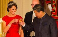 K. Middleton nukonkuravo ir princą, ir karalienę Elizabeth