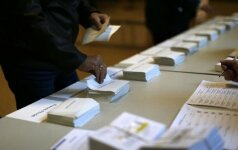 Europa laukia užgniaužusi kvapą: prancūzai renka prezidentą