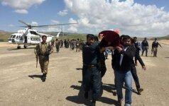 Afganistane po kruvino talibų išpuolio atsistatydino gynybos ministras ir kariuomenės vadas