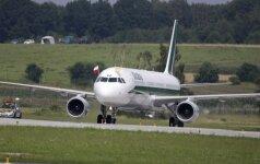 Popiežiaus lėktuvas nusileido Lenkijoje