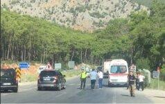 Turkijoje avarijoje nukentėjo trys turistai iš Rusijos