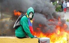 Venesueloje per naujus protestus žuvo trys žmonės