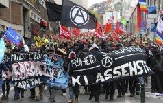 Dešimtys tūkstančių žmonių Briuselyje protestavo prieš vyriausybę