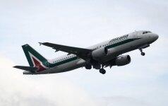 """""""Alitalia"""" dėl darbuotojų streiko atšaukė 60 proc. skrydžių"""