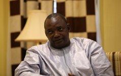 Prisaikdinus Gambijos prezidentą į šalį pajudėjo Vakarų Afrikos pajėgos
