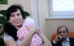 REKORDAS: pagimdė 62 metų rusė (FOTO)