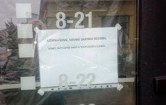 Alytaus politiko kavinė pasitinka užrakintomis durimis