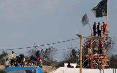 """Nuo pirmadienio iš migrantų """"Džiunglių"""" stovyklos Prancūzijoje bus iškeldinami jos gyventojai"""