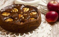 Šokoladinis obuolių pyragas, kurio skonis nustelbs visus iki tol ragautus!