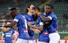 Udinese futbolininkai džiaugiasi įvarčiu