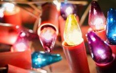 Kaip su lemputėmis sukurti šventinę nuotaiką?