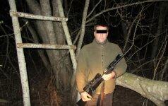 Brakonierių naktis: sulaikyti medžiotojas, žvejys ir žolės padegėjas