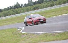 Peugeot 308 GTi Pernu trasoje