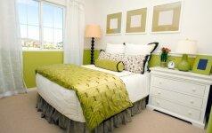 Pavasarinis perversmas miegamajame kambaryje