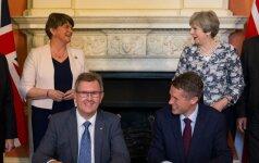 Šiaurės Airija susitarimu su JK gaus papildomą 1 mlrd. svarų