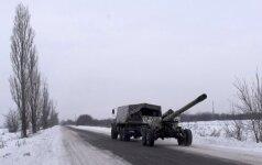 Ukraina prašo skirti sankcijas Rusijai už sprendimą pripažinti separatistų dokumentus