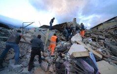 Italijoje po žemės drebėjimo dramatiškai išaugo aukų skaičius