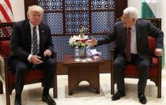 D. Trumpas Betliejuje susitiko su palestiniečių prezidentu