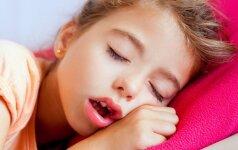 Kiek laiko turi miegoti vaikai, kad augtų sveiki? 5 patarimai tėvams, kaip to pasiekti