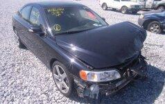 JAV aukcione parduotas daužtas Volvo (asociatyvi nuotr.)