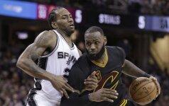 NBA naktis: K. Leonardo karjeros rungtynės ir nuostabi brolių Morrisų dvikova