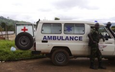 Kamerūne sudužo sraigtasparnis, kuriuo skrido armijos generolas