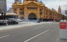 Mėgėjiškame vaizdo įraše – tragedijos Melburne piešistorė