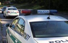 Kaune policininkė pateko į skaudžią avariją: sužeisti trys suaugusieji ir 2 metų mergaitė