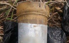 Darbininkai prie Šešupės rado konteinerį su sprogmenimis