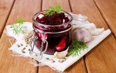 3 patys skaniausi būdai marinuoti burokėlius: tinka sriuboms, salotoms, šaltibarčiams, garnyrui